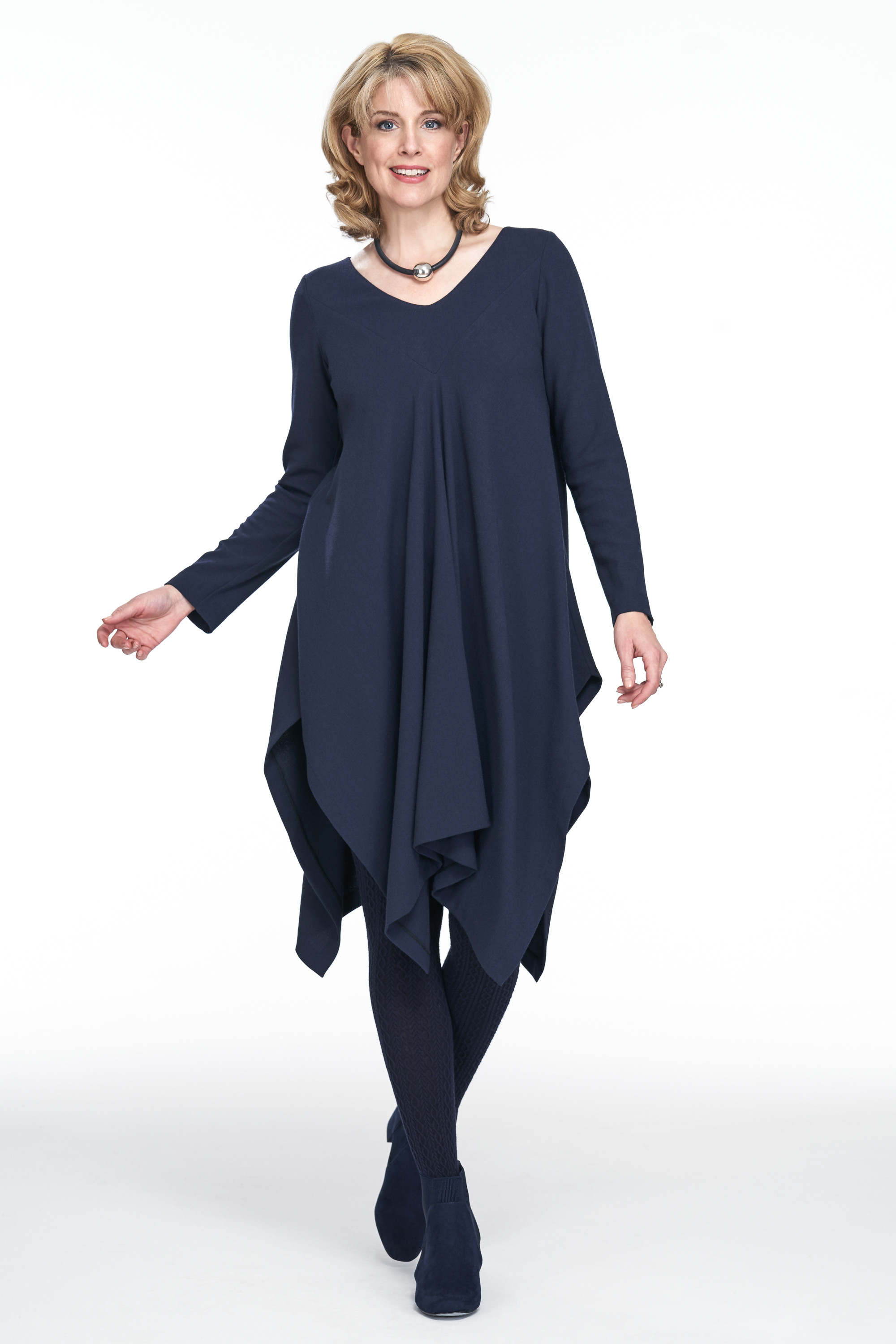 crepe overhead tunic perfect for autumn