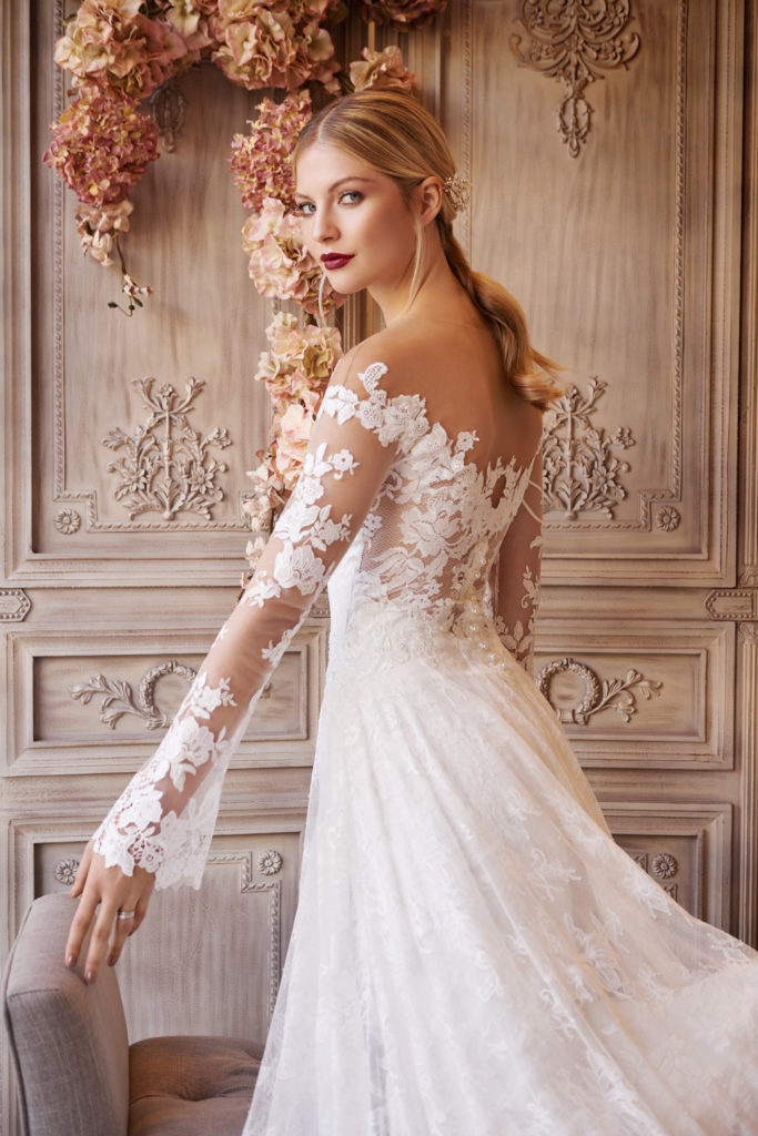 Olvis wedding dress