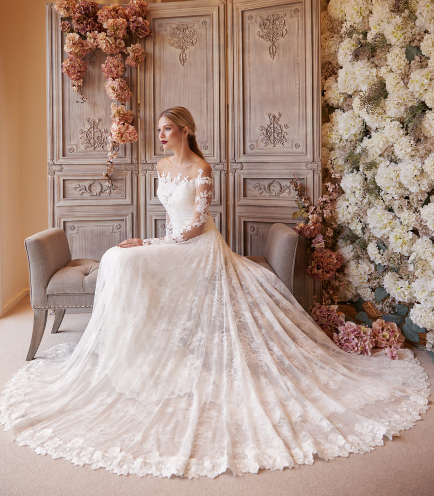 Alexandra wedding dress